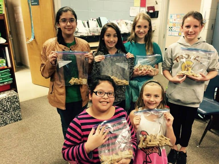 Addison Elementary's School Club Makes Treats